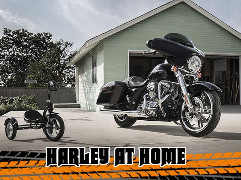 HARLEY_at_HOME_HARLEY-DAVIDSON BruchmuelbacH 800x600